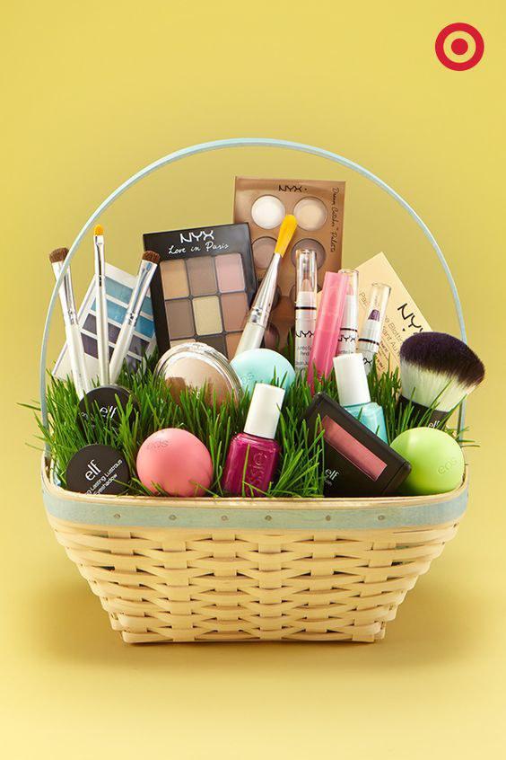 Makeup gift basket ideas
