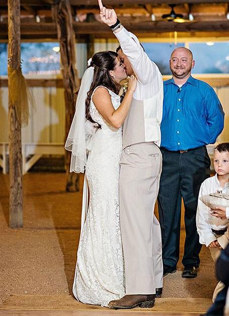 Garth Brooks and Trisha Yearwood Notch 12th Wedding