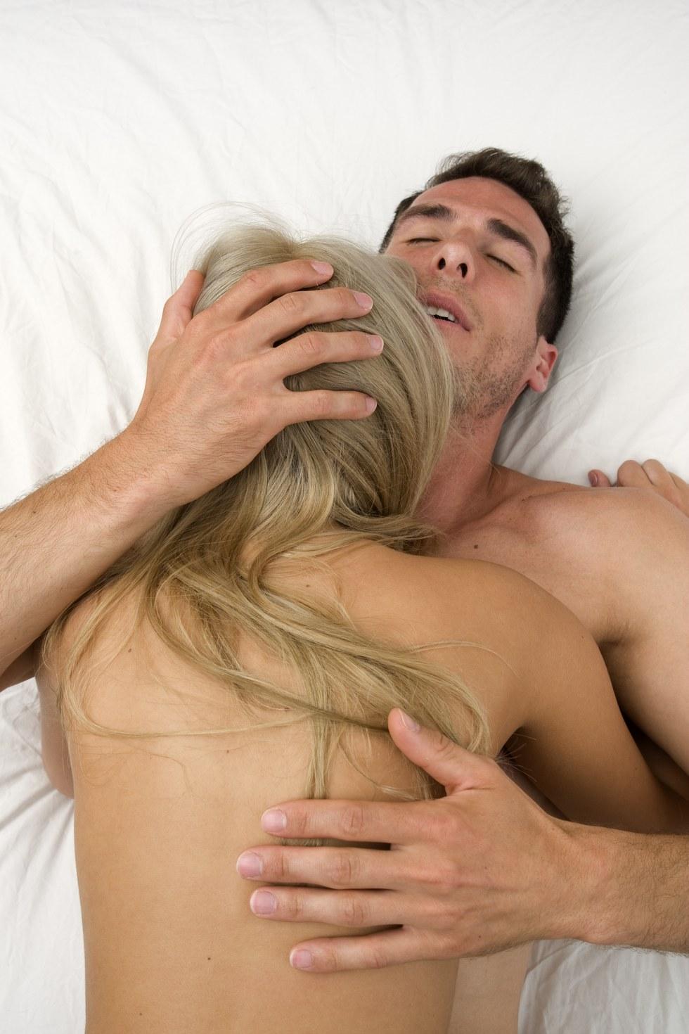 porno-narezka-orgazmov-ot-kuni