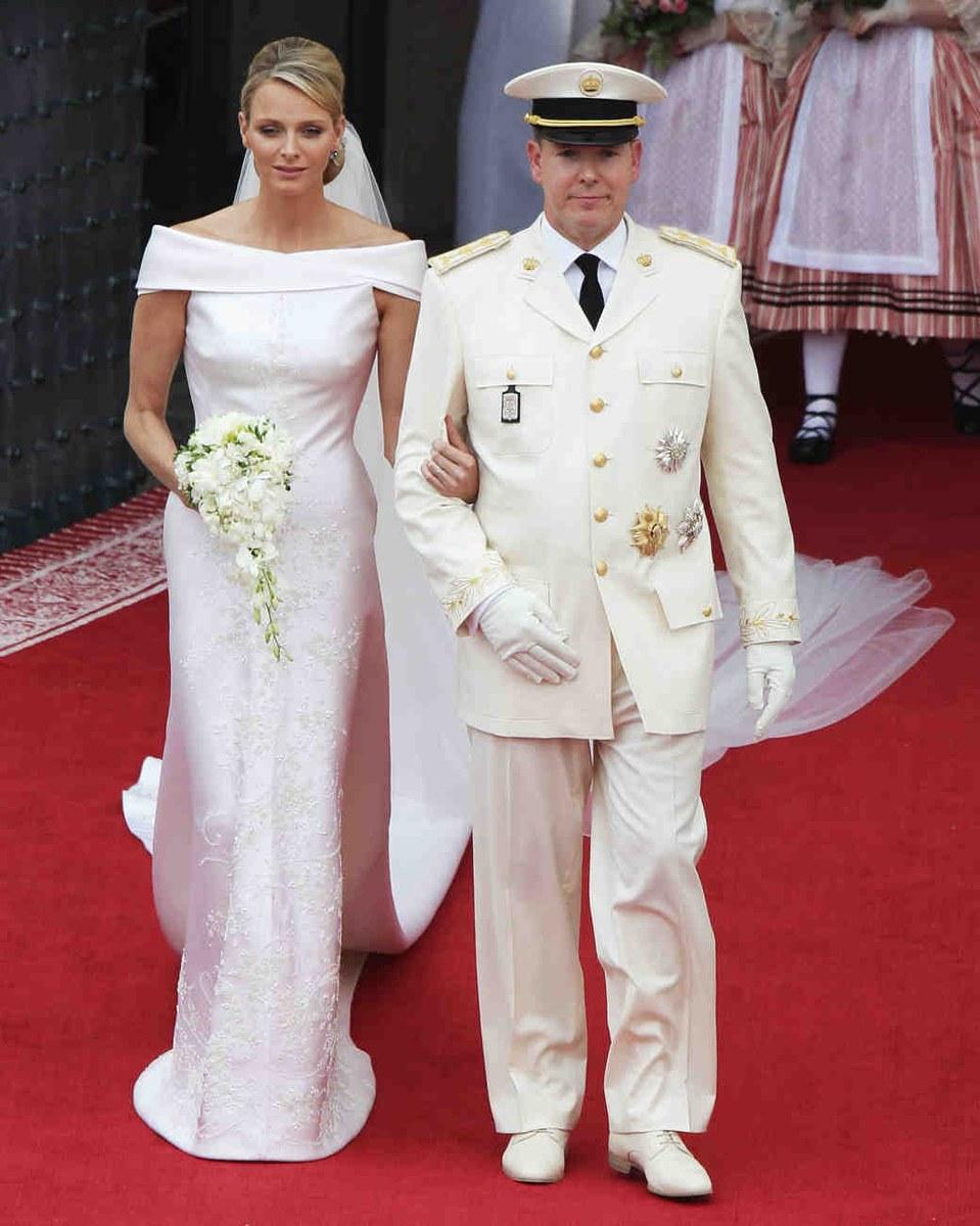 Кто что одевал на вторую свадьбу