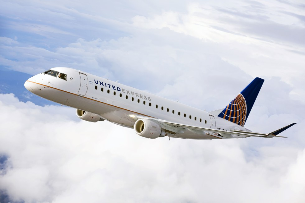 United express plane in air
