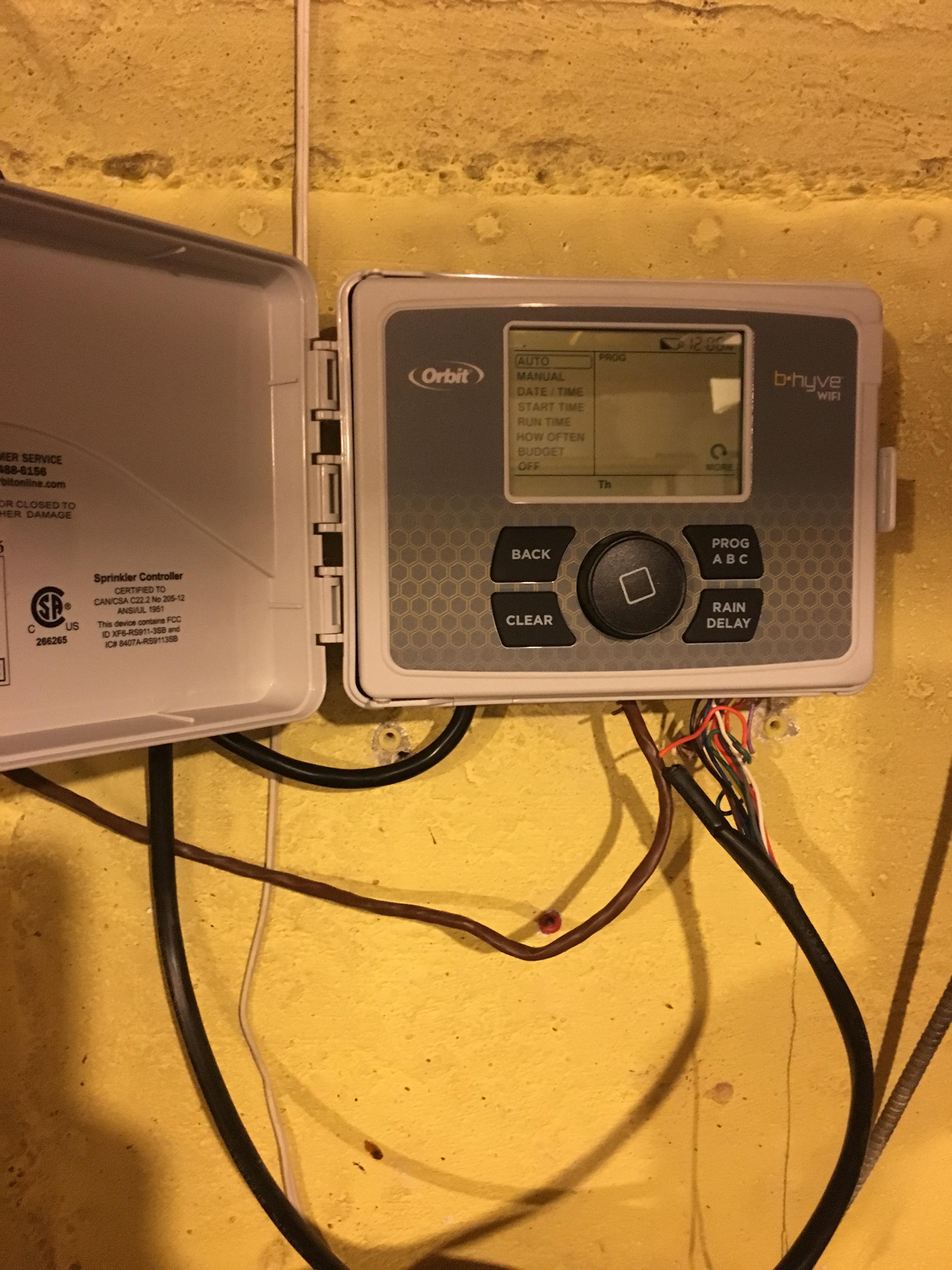Orbit 57950 B-hyve Smart Indoor//Outdoor 12-Station WiFi Sprinkler System Control
