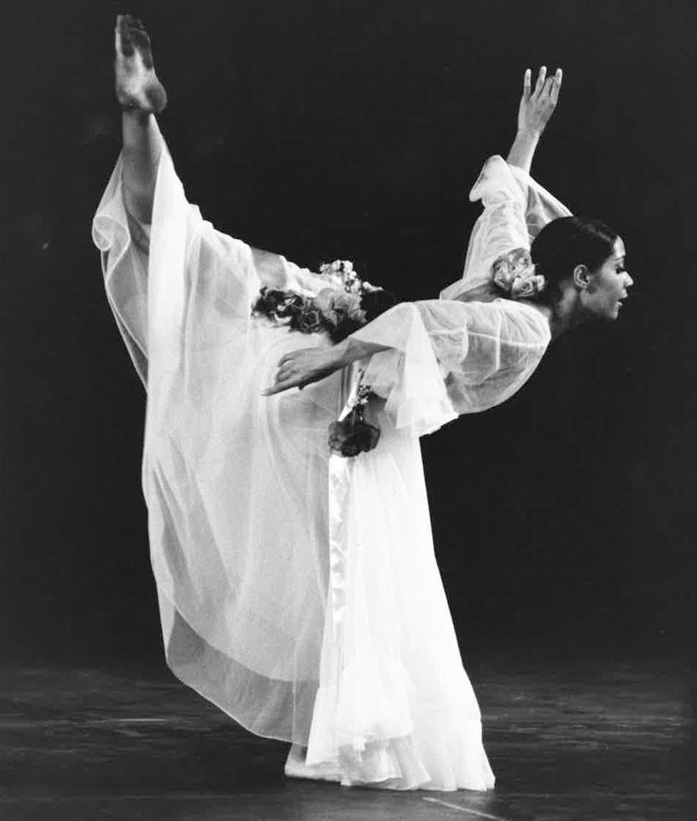 Carmen De Lavallade Wins A Kennedy Center Honor