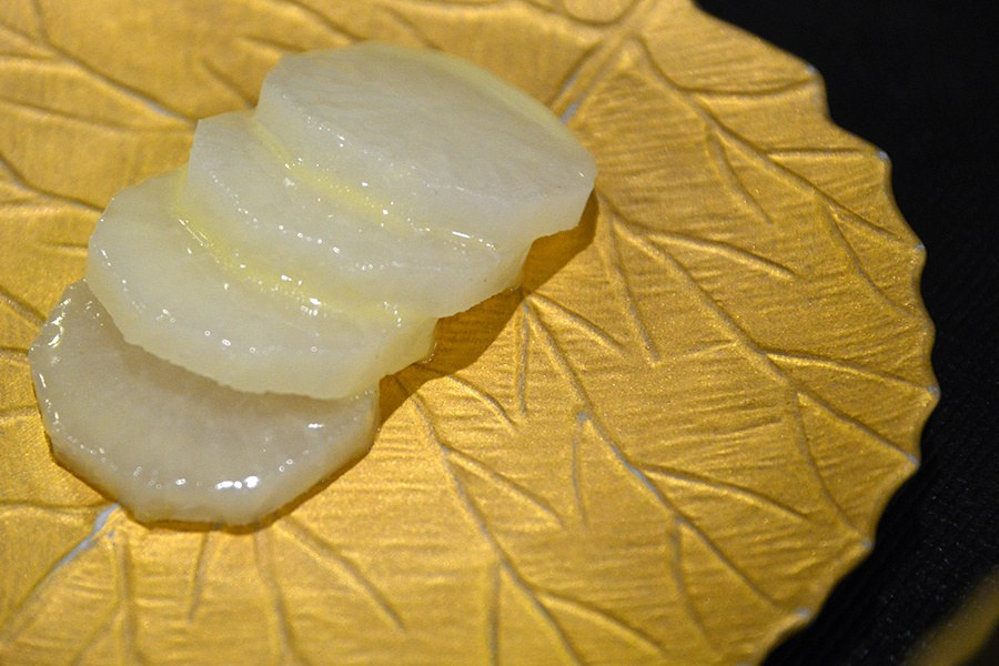 Daikon, slowly cooked in a salt-and-seaweed crust