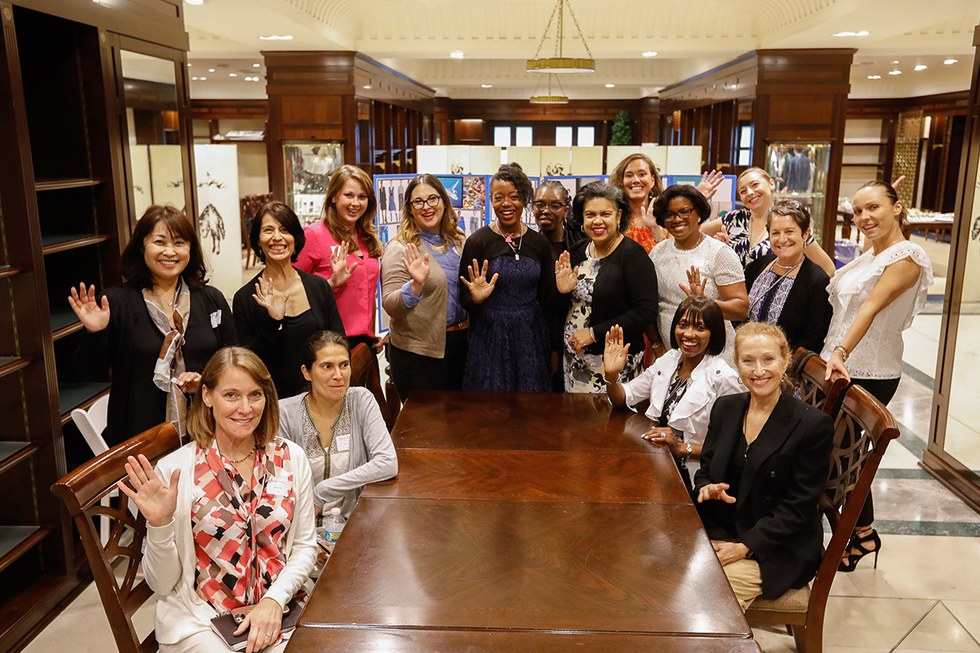 Fashion designer, Tracy Reese, pictured with United employees