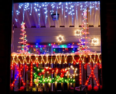 Hang Christmas LIGHTS Part 68
