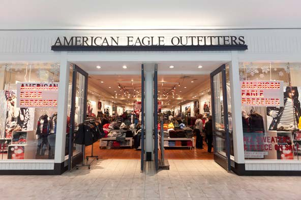 Free People Is A Go To Store For Those Who Love The Boho Look Flowing Effortless Clothes Are Pricey But Luckily American Eagle Outfitters Has
