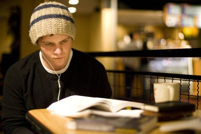 writing discuss essay service reviews uk