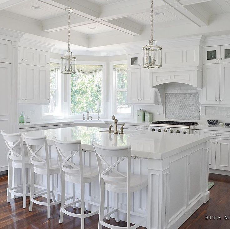 Interior design trends that rule 2017 whats in and whats out all white interiors sisterspd