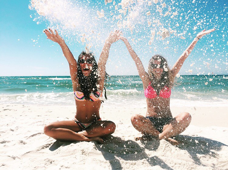 39 Things To Do With Your Best Friend At Least Once