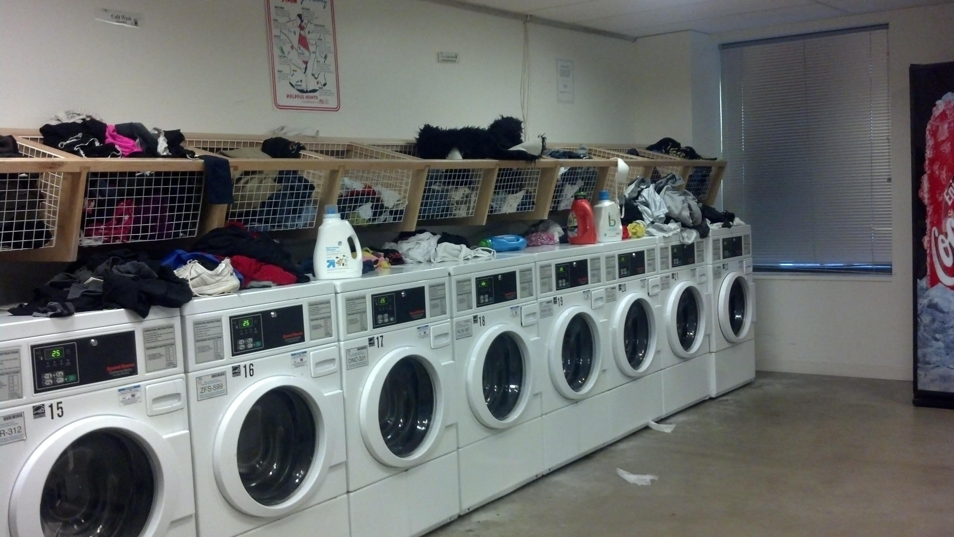 The Dos And Don'ts Of Dorm Laundry