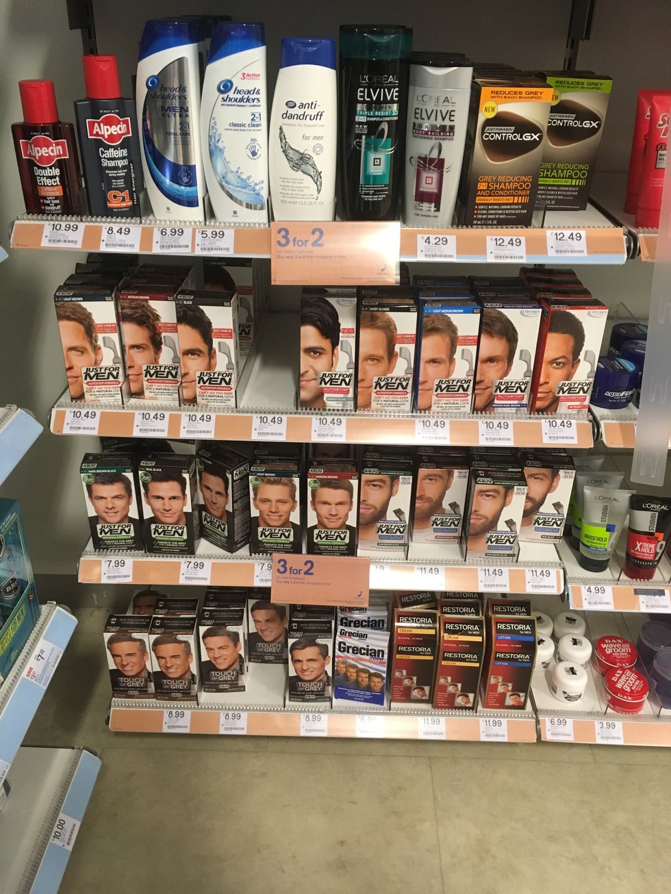 I want that products - I Understand That Maybe Men Don T Have Hair As Long As Women S So They Don T Want An Entire Box Of Hair Dye But Is Their Hair Really