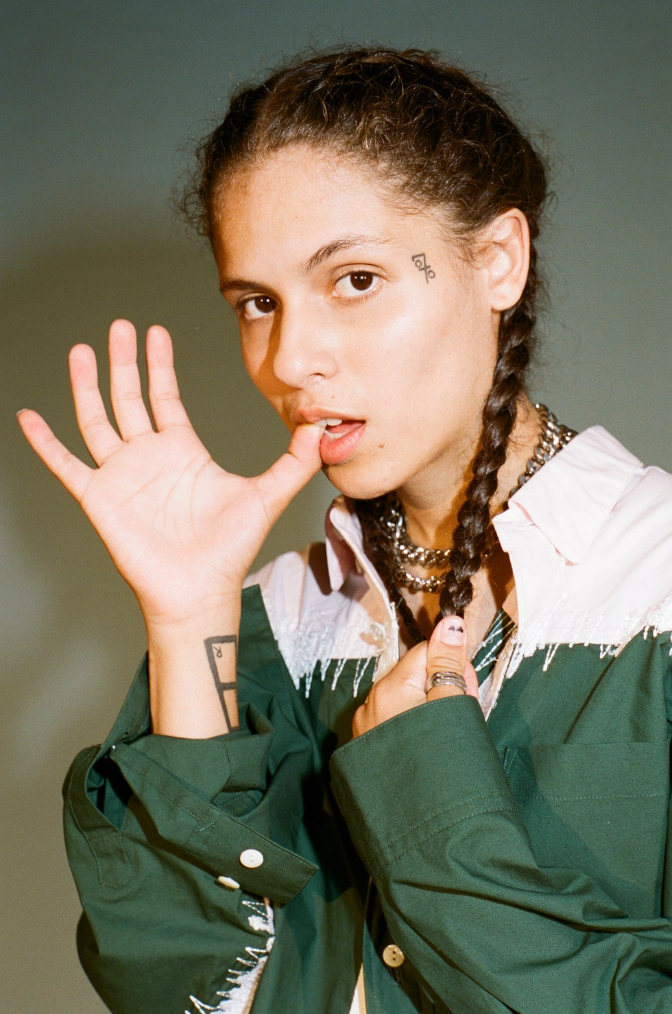 Beautiful People: 070 Shake is the Change She Wants to See - PAPER