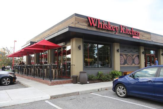 10 places to eat in virginia beach for Whiskey kitchen virginia beach