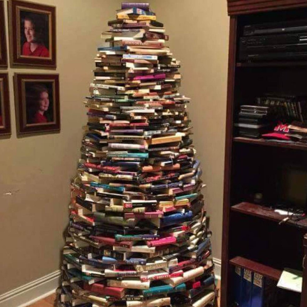 Deck Your Halls With One Of These 18 DIY Christmas Tree