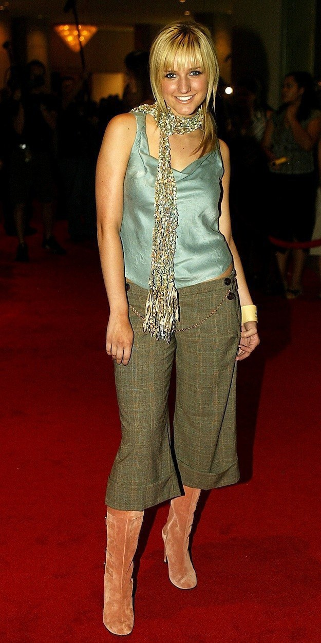 10 Of The Most Laughable Fashion Trends Of The Early 2000 S