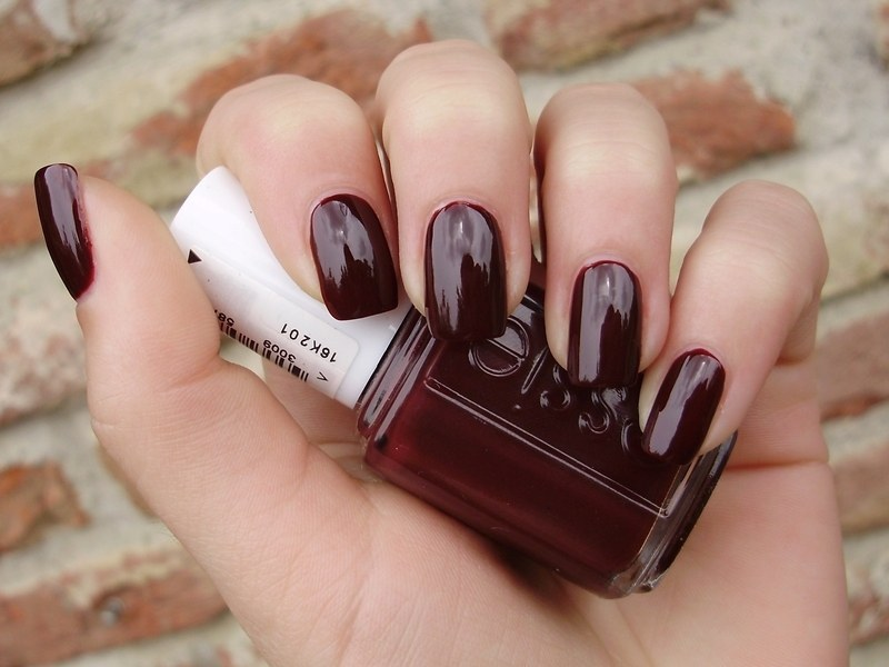 My Top 10 Essie Nail Polish Colors