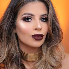Laura Lee, 28 years old, YouTube beauty vlogger who posts hauls, makeup tutorials and look-books to her channel.