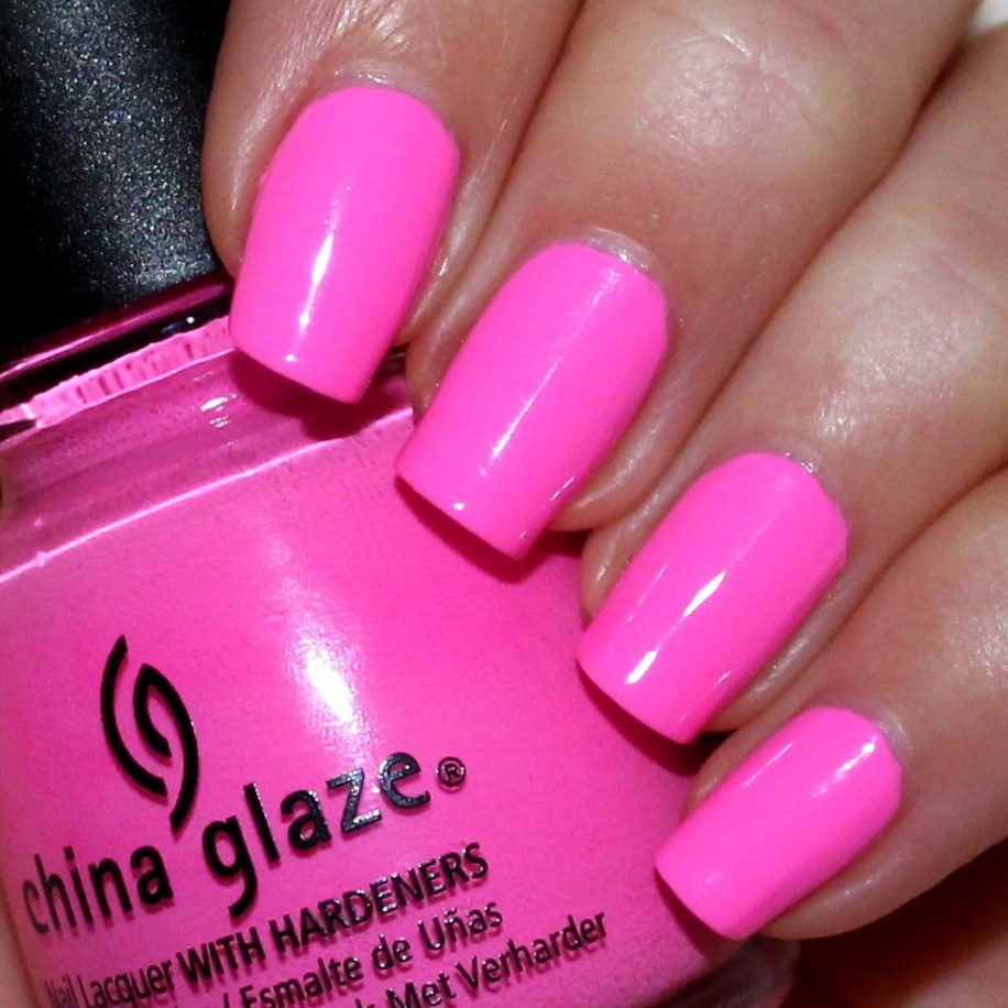 17 Nail Polishes That You Can\'t Live Without