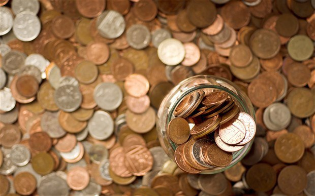 and saying that setting aside a little bit of money each month will be your new year resolution even just saving some spare change in a jar will start
