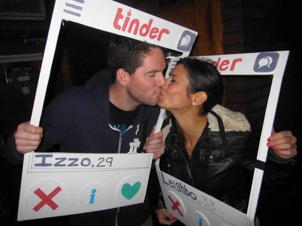 Singles 3 kiss before midnight