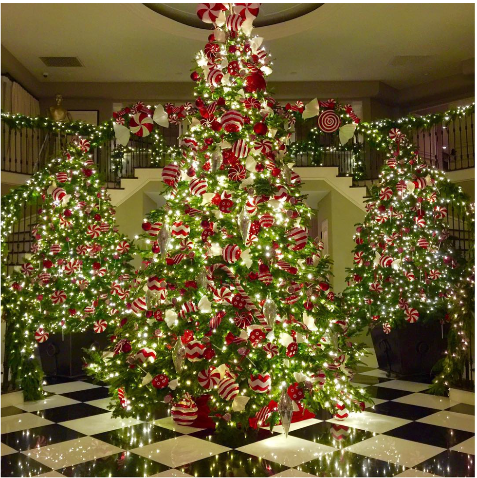 10 Most Adorable Celebrity Christmas Trees | HM Christmas ...