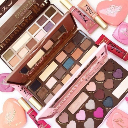 1 make up - What Every Girl Wants For Christmas