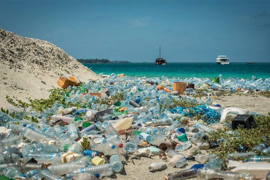 adidas con un passo più vicini a ridurre i rifiuti.