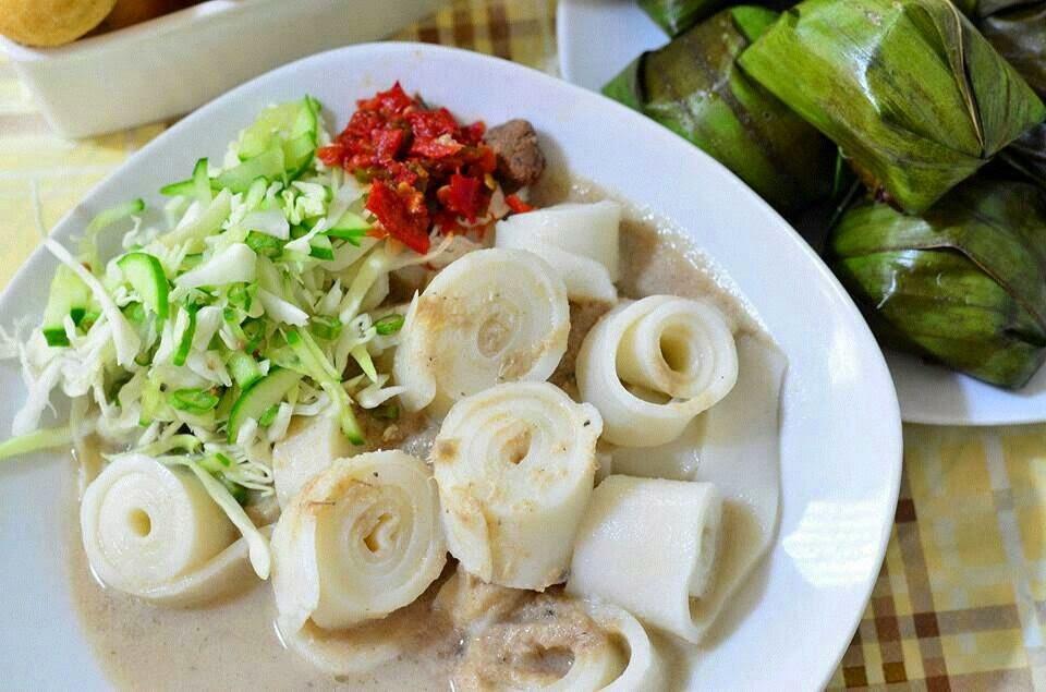 laksa is a traditional fish soup noodle