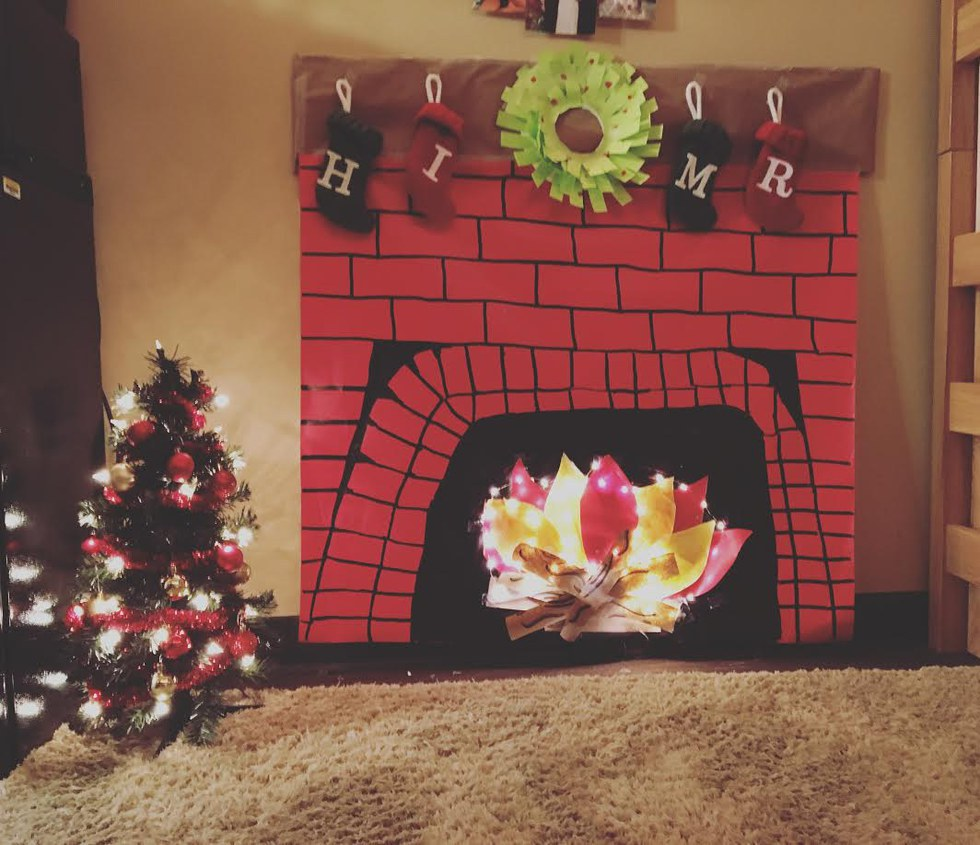 How To Do Christmas In A Dorm Room