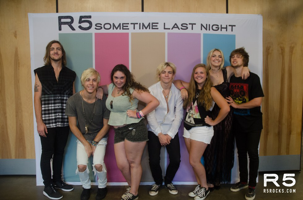 Tuesday talent talks with taylor r5 also you can click this link for one of the most iconic r5 tour moments ever that i got to witness from the front row im still dead m4hsunfo