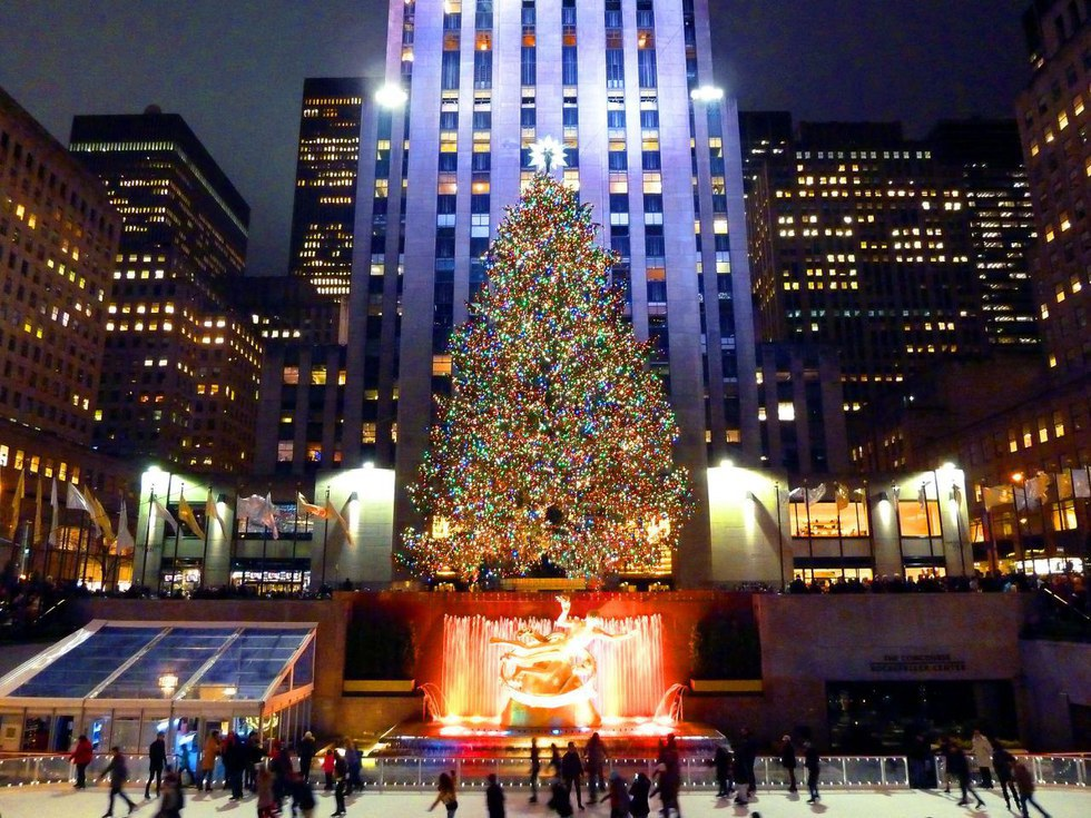 One Of The Best Days To Spend In New York City Is During The Christmas  Season. There Are Different Attractions That The Big Apple Has To Offer  During The ...
