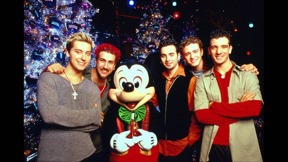 7 Christmas Songs To Have a Holly Jolly Christmas