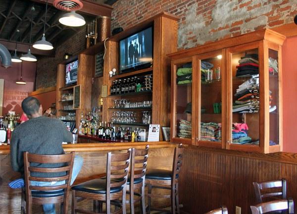 7 Best Restaurants In Davenport Iowa