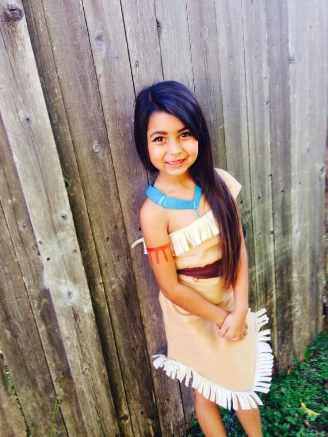 Pocahontas I Never Rocked This Outfit But My Sister Certainly Did It Is A Fun One Sc 1 St Odyssey