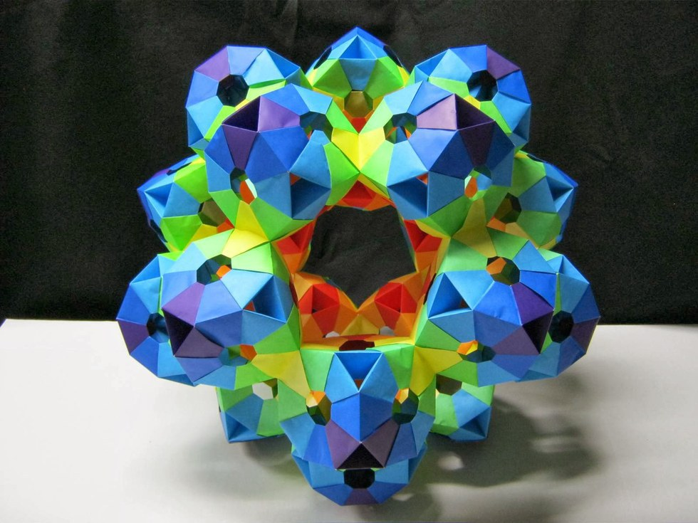 Heres An Introduction To The World Of Kusudama And Modular Origami That Will Blow Your Mind