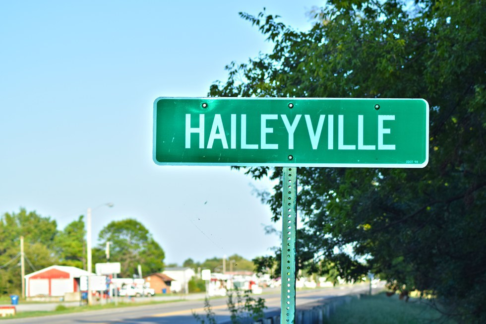 haileyville dating Haileyville's best 100% free singles dating site meet thousands of singles in haileyville with mingle2's free personal ads and chat rooms our network of single men and women in haileyville is the perfect place to make friends or find a boyfriend or girlfriend in haileyville.
