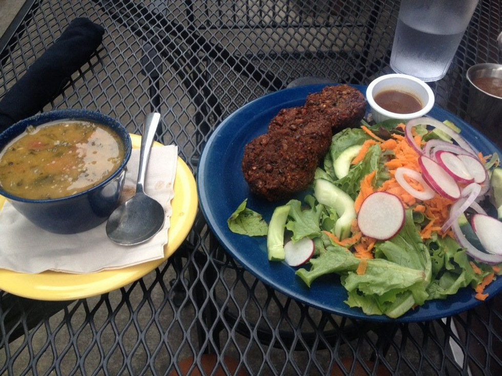 10 Asheville Restaurants That Are Both Healthy And Delicious