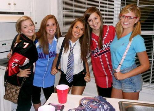 5 themed parties you will experience in college