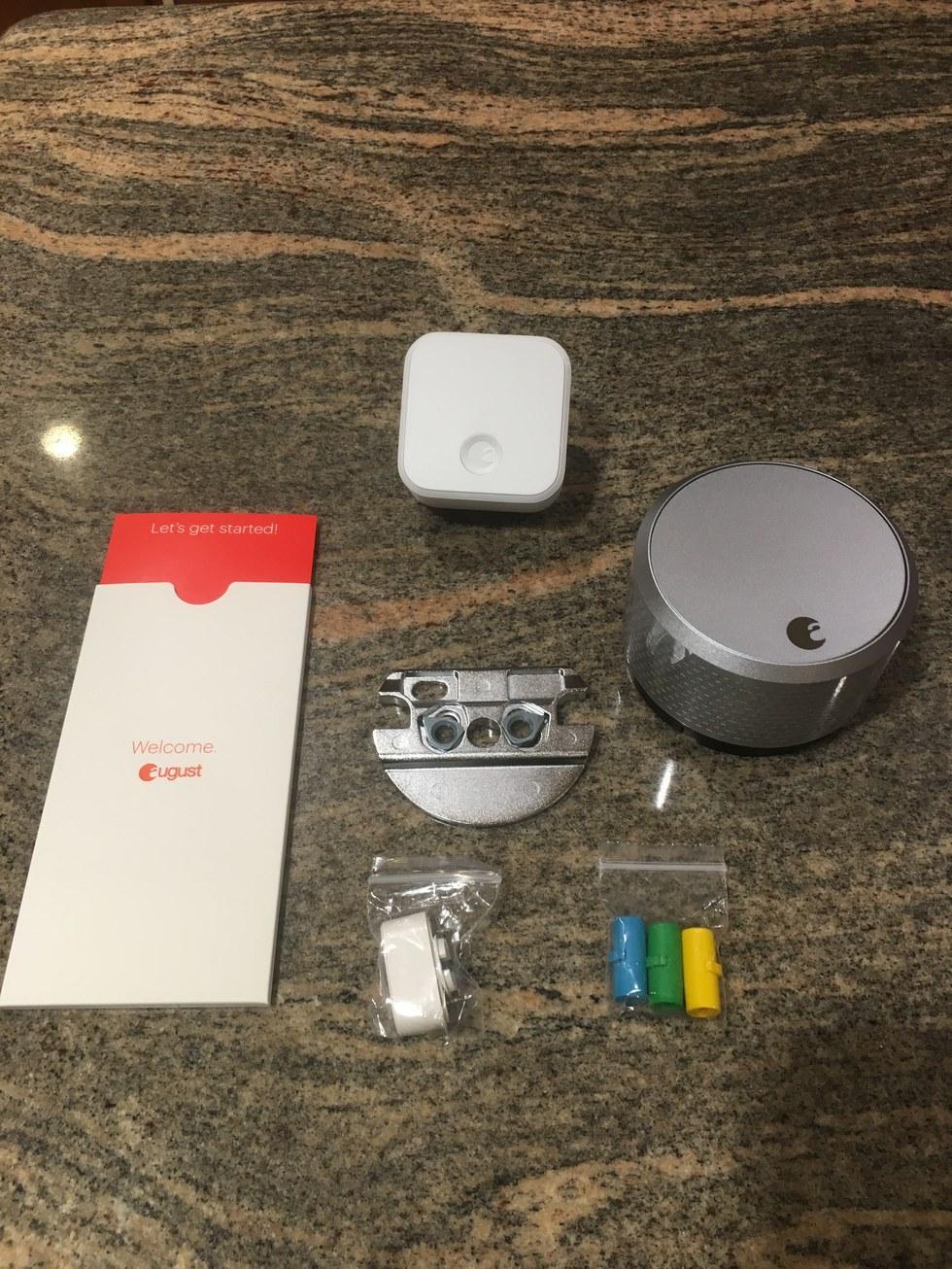 Unboxing August Smart Lock pro