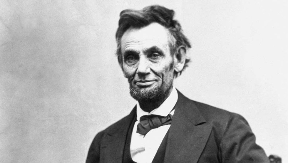 a report on the life of president abraham lincoln Check out some of the public lands dedicated to sharing president lincoln's life and legacy walk in the footsteps of abraham lincoln agency financial report.
