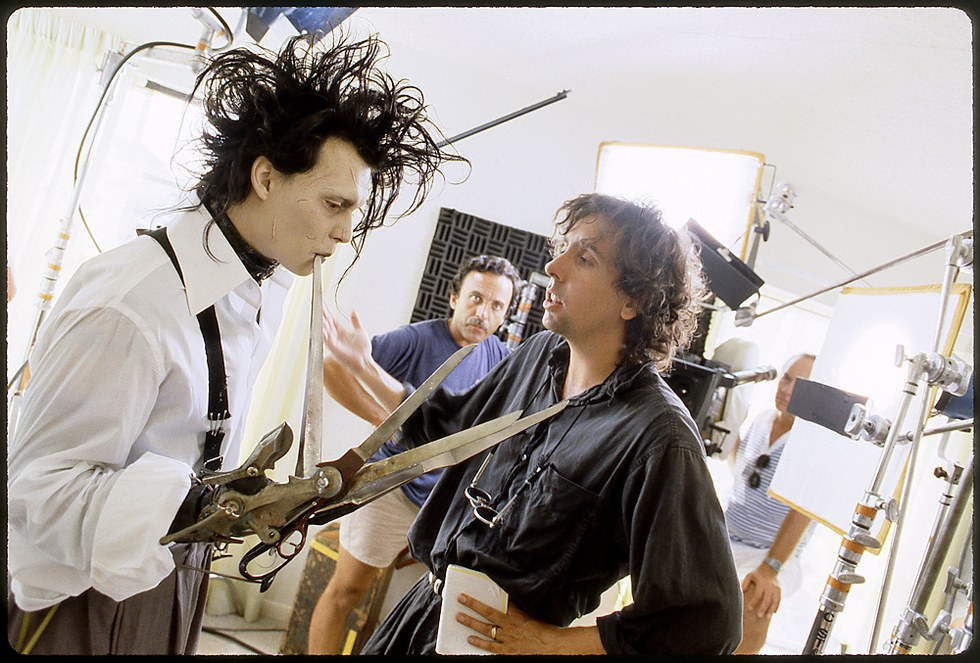 grotesque frankenstein vs edward scissorhands Freebooksummarycom frankenstein's monster, perhaps, one of the most well known characters of fictional writing is seen to be the embodiment of a detached being with no propensity for caring and lovingmuch like this well known character, another character, edward scissorhands is also portrayed as a detached being who is uneasy with all human interactions and the feelings that it provokes.