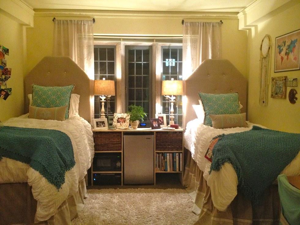10 Ways To Make Your Dorm Feel Like Home