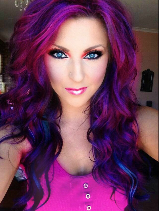 Taking risks with mermaid hair trend there are quite a few blogs and do it yourself tutorials online about how to get the look when i saw mermaid hair on my pinterest and instagram feeds solutioingenieria Image collections