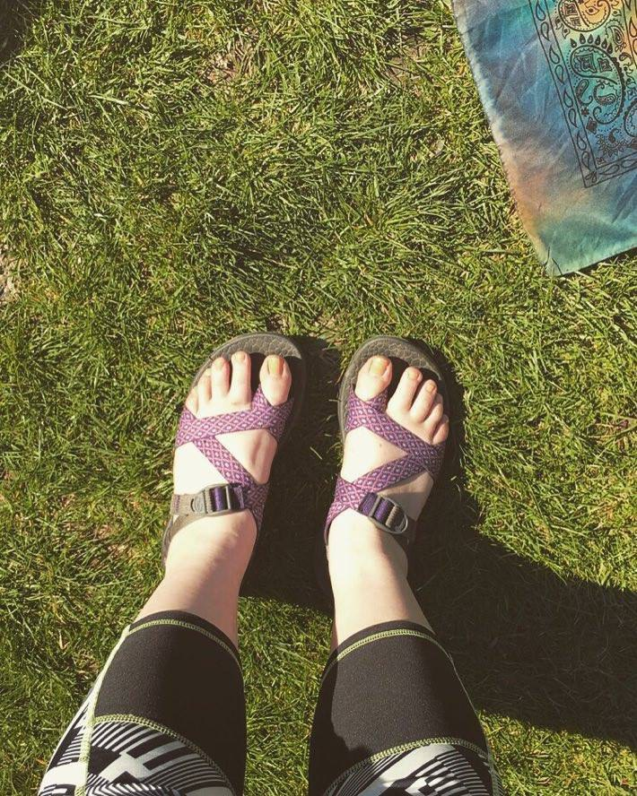 """594fbd7c968 People call them """"lesbian mom shoes"""" or compare them to Crocs"""