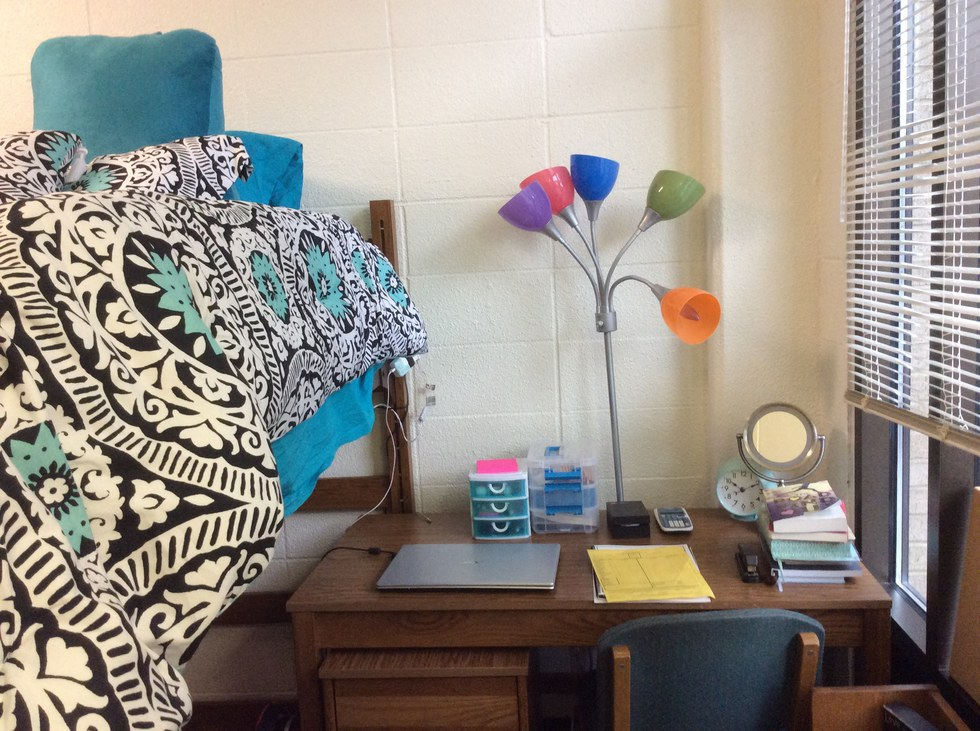 9 Tips To Make Your Dorm Room Look Like A Pinterest Board