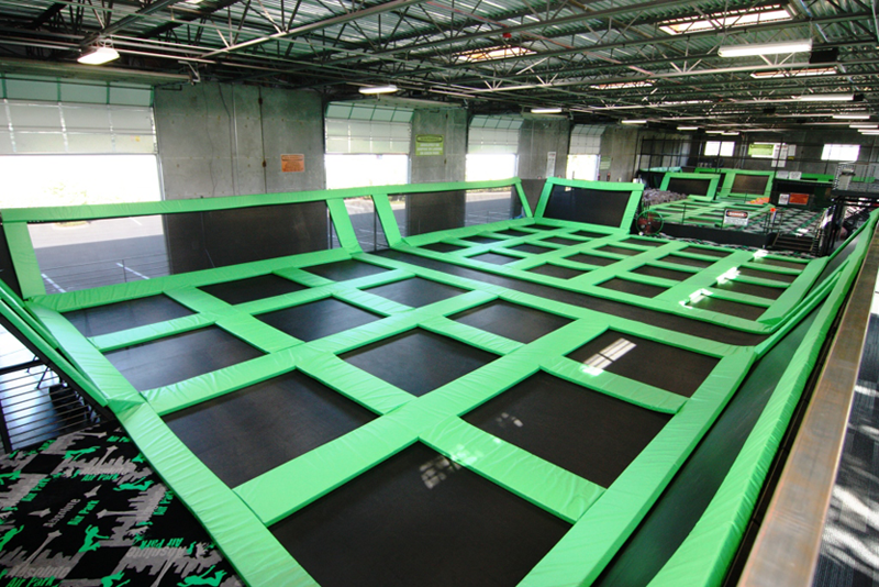 trampolining officials Sports officials must be able to bring control to chaos, understand fairness, promote safety and encourage good sportsmanship a sports official must have the positive characteristics of a police officer, lawyer, judge, accountant, reporter, athlete and diplomat.
