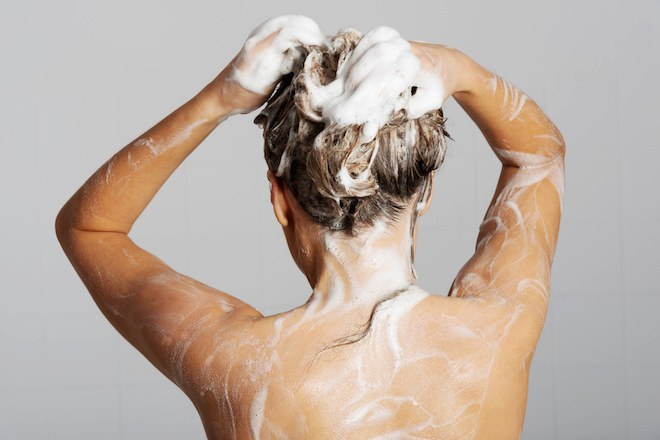 how to keep curls wet looking