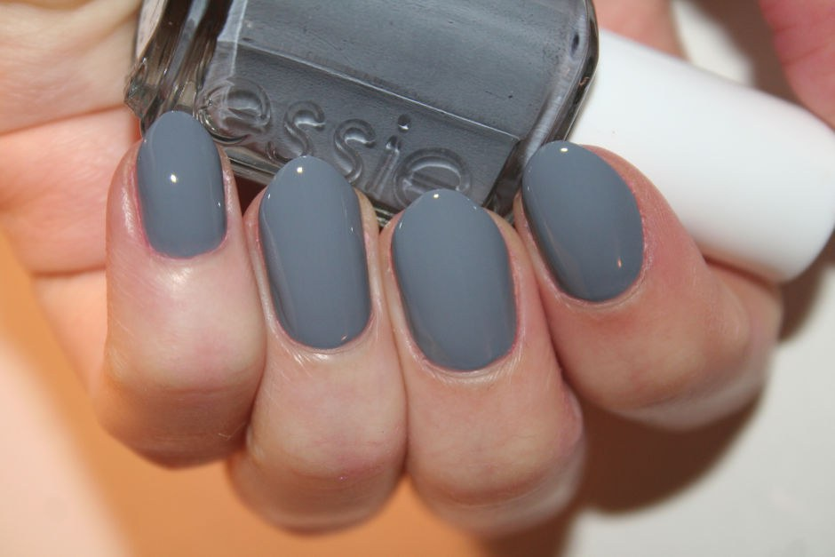 The 10 Essential Essie Nail Colors