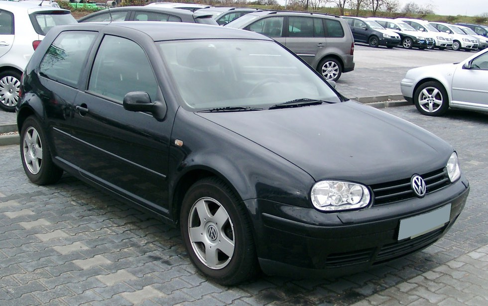 2. Volkswagen Golf